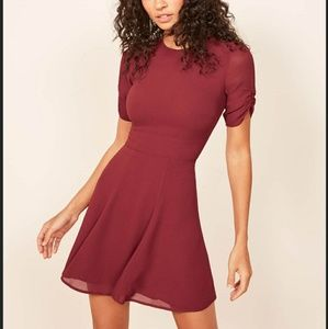 Reformation NWT Gracie Dress in Red/Garnet Size 2